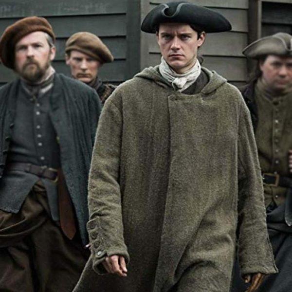 Outlander S04 Fergus Hooded Coat